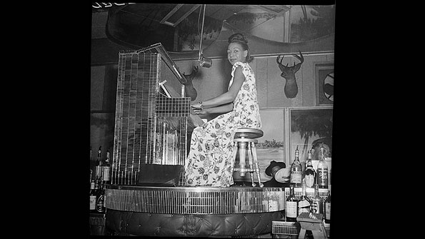 Alyce Brooks on piano at The Crawford Grill (1945-1946)