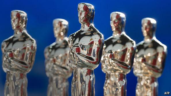 Adele Fangirls Over Emma Stone at the Oscars