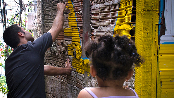 The Boa Mistura collective lived with a family in the favela