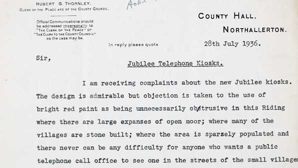 Letter complaining about telephone boxes