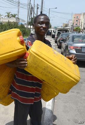 Nigeria: Problems at the pump thumbnail