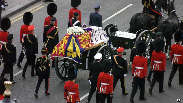 The coffin of Queen Elizabeth, the Queen Mother on its way to Westminster Abbey