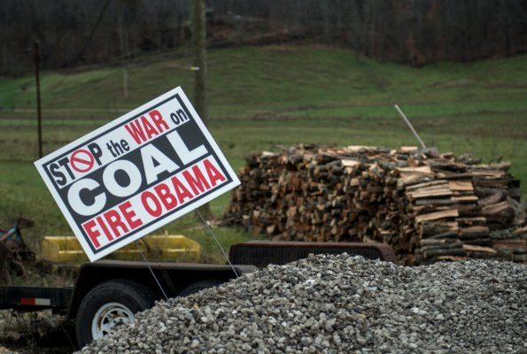 Obama' s eco-friendly gamble