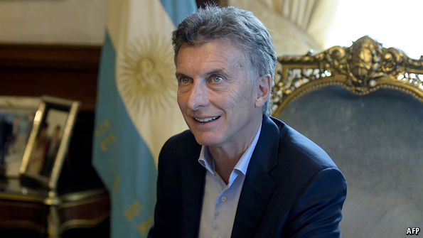 Economist: Argentina reaches a deal with its creditors - Onus News