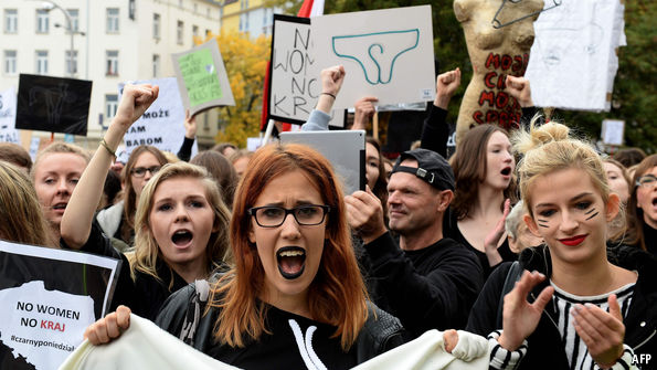 'My Body, My Choice': Polish Women Protest Against Total Abortion Ban