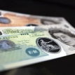 What's the point of plastic banknotes?