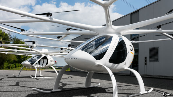 "Small flying ""cars"" come a bit closer to reality"