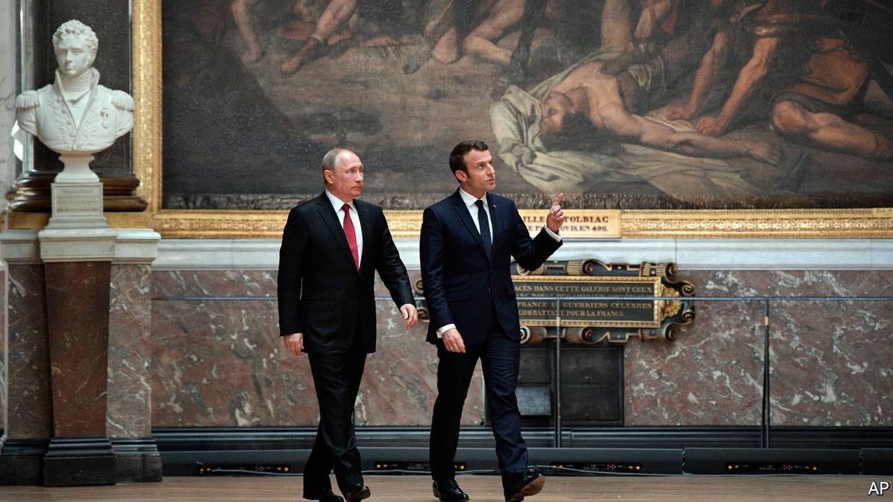 Emmanuel Macron confronts Vladimir Putin