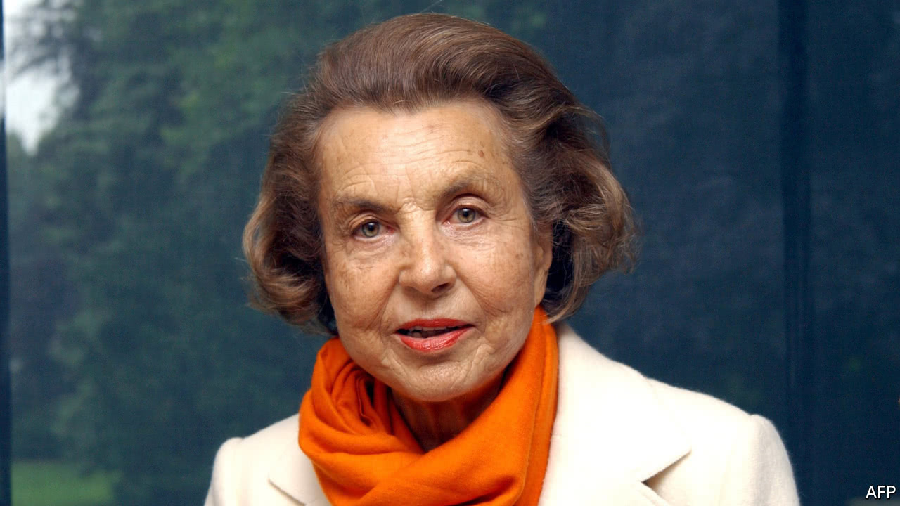 A shareholder pact is rocked by Liliane Bettencourt's death