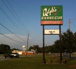 Ralph's roadside sign