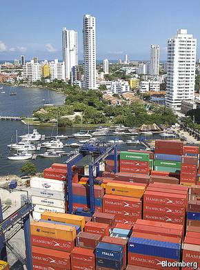 colombias economy essay