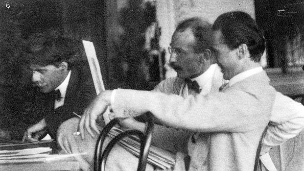 Alfred Stieglitz, Heinrich Kuehn and Edward Steichen (1907)