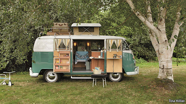 life on the open road camper vans. Black Bedroom Furniture Sets. Home Design Ideas