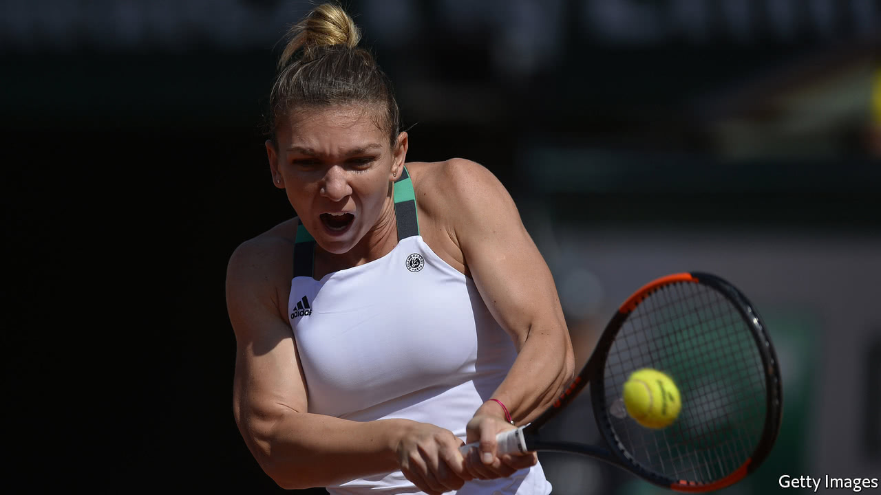 Simona Halep strolls into French Open quarters