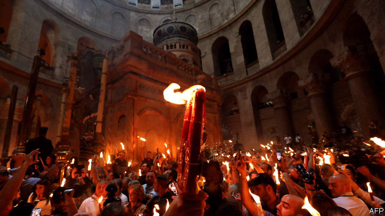 The Holy Fire features new lanterns for Ukraine