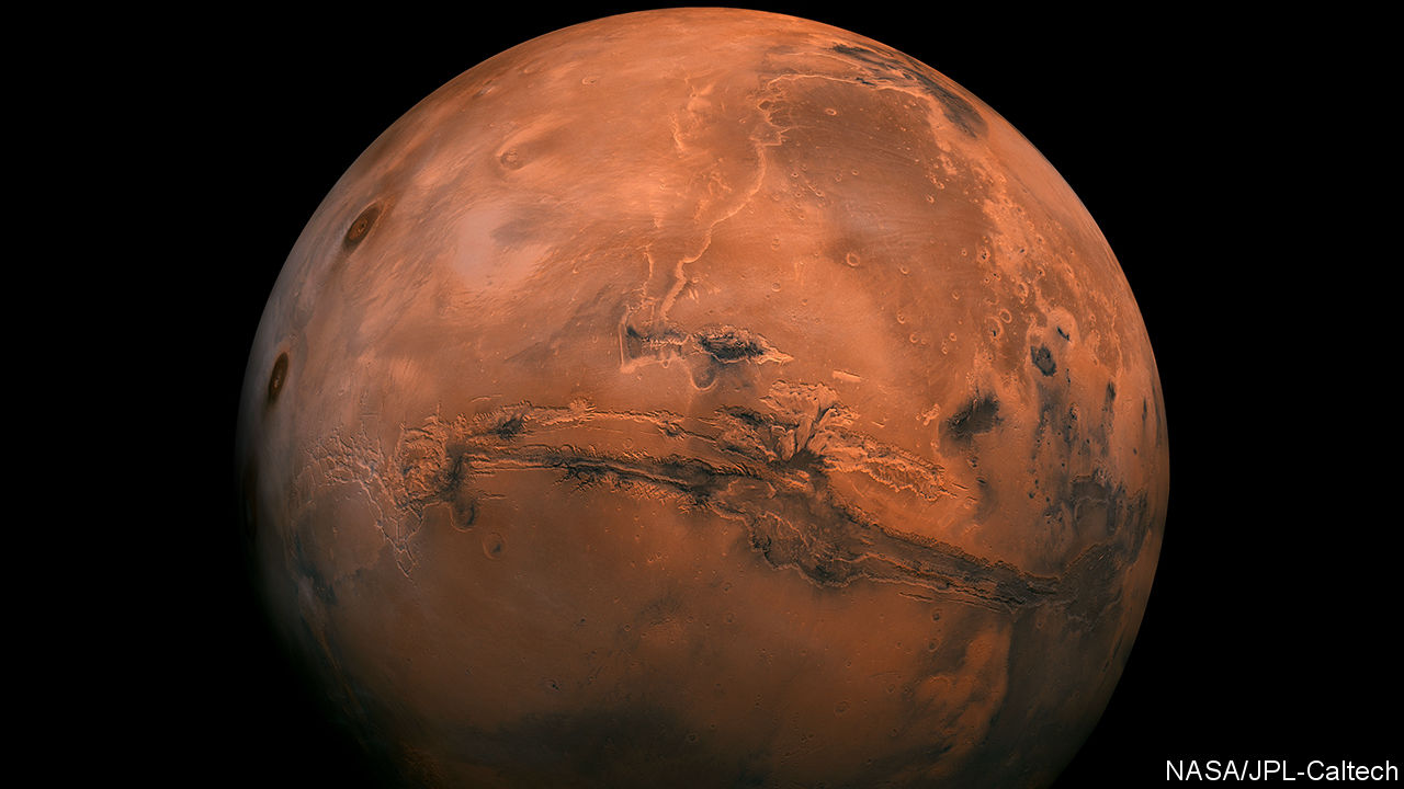 Astronomers have found a lake on Mars