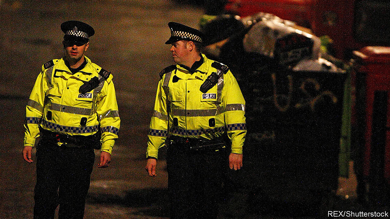 as knife crime rises in england police look to glasgow. Black Bedroom Furniture Sets. Home Design Ideas